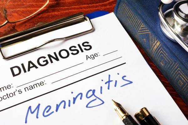 Μηνιγγίτιδα: Συμπτώματα και σημάδια που πρέπει να γνωρίζετε. Το εμβόλιο ποιοι το κάνουν;