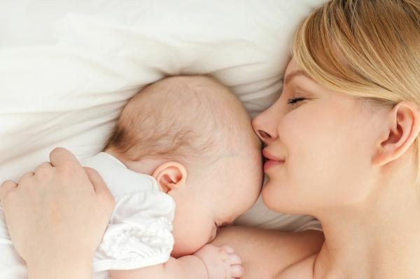 Επαφή δέρμα με δέρμα με το μωρό: Το πολυτιμότερο δώρο!