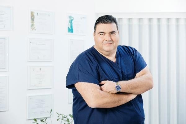 Ο γυναικολόγος Δρ. Ιωάννης Π. Βασιλόπουλος (ΙΑΣΩ) απαντά σε ερωτήματα που αφορούν στον κορωνοϊό και το θηλασμό