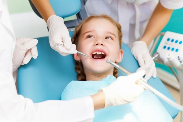 MetLife Dental Plus: Εσείς, πόσο συχνά πάτε τα παιδιά σας στον παιδοδοντίατρο;