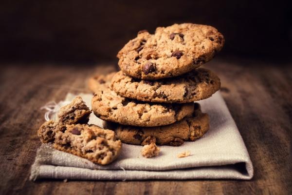 Υγιεινά μπισκότα για τα παιδιά με 3 υλικά